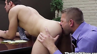 Gaysex office hunk fucked in his ass
